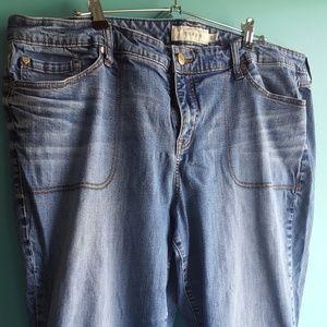 Torrid sz 24 skinny capris blue jeans